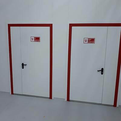 Fire-fighting door unit